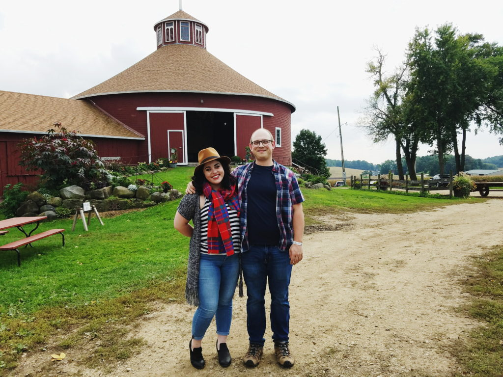 katrina and joel at the schusters round barn