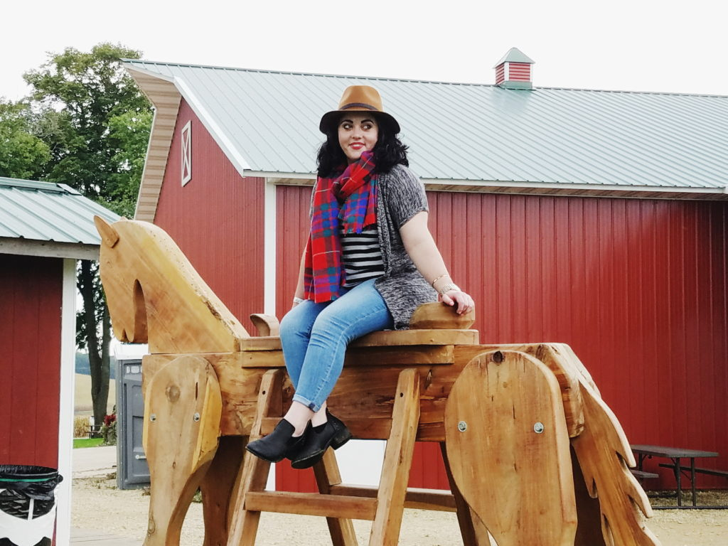 fall fun rocking horse photoshoot