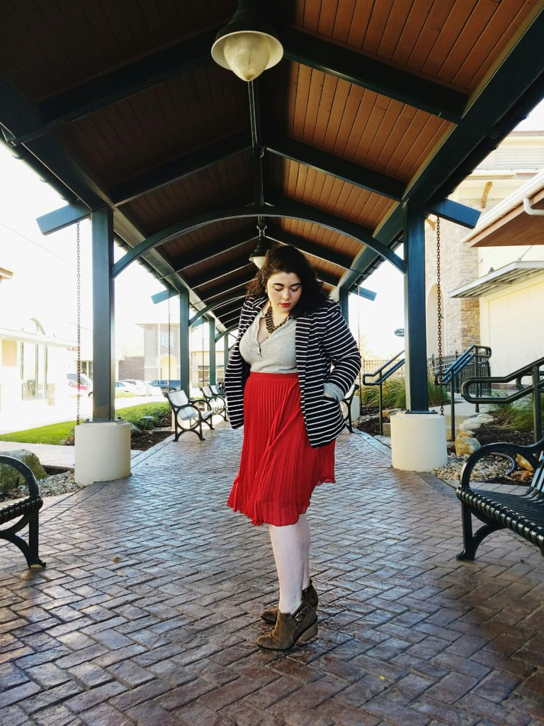 katrina_simyab_fall_outfit_thrifted_skirt