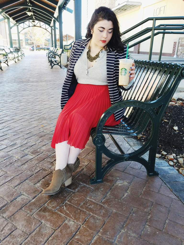 katrina_simyab_fall_thrifted_skirt_outfit_starbuck_coffee