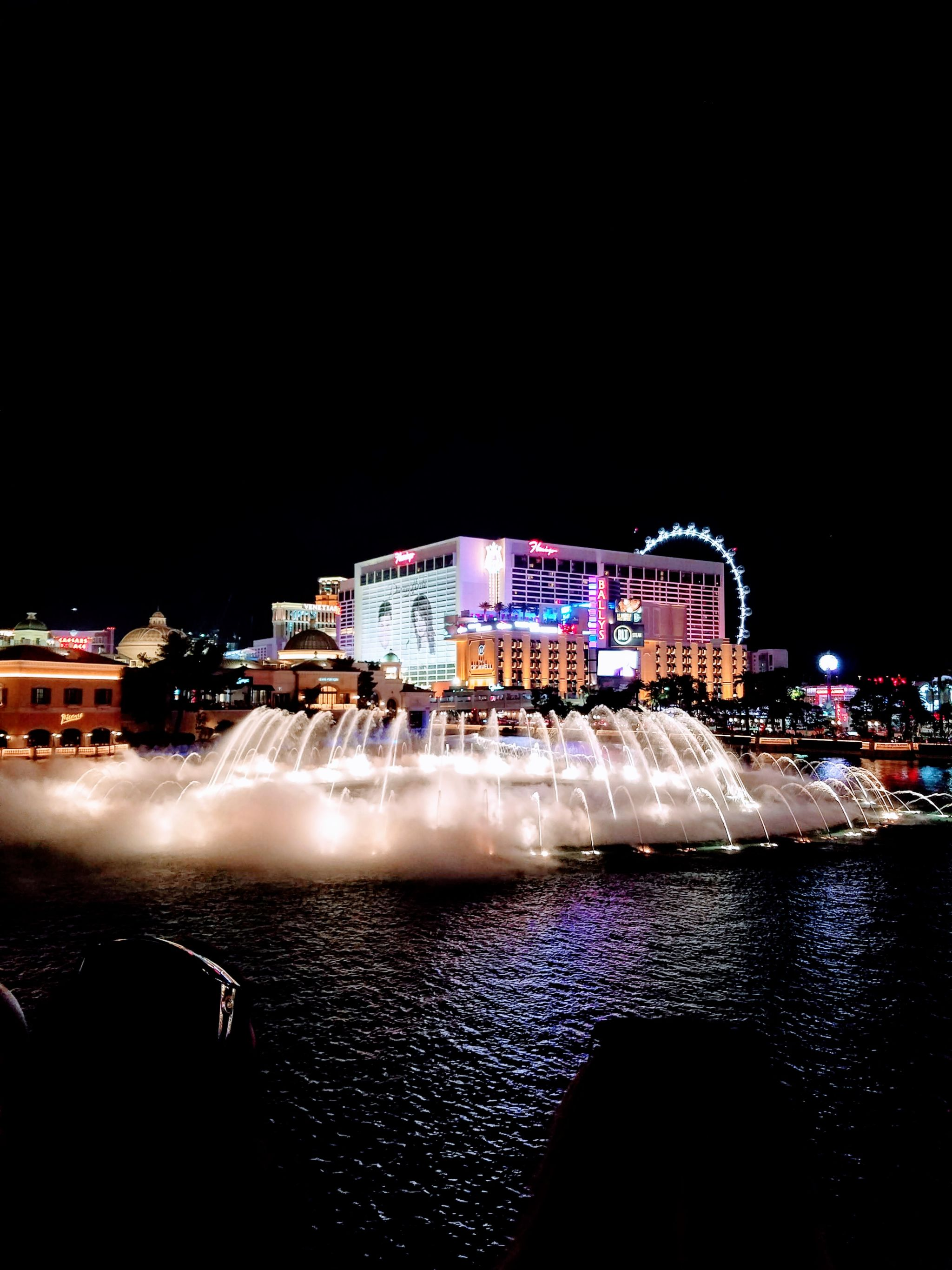 budget blogger las vegas travel guide