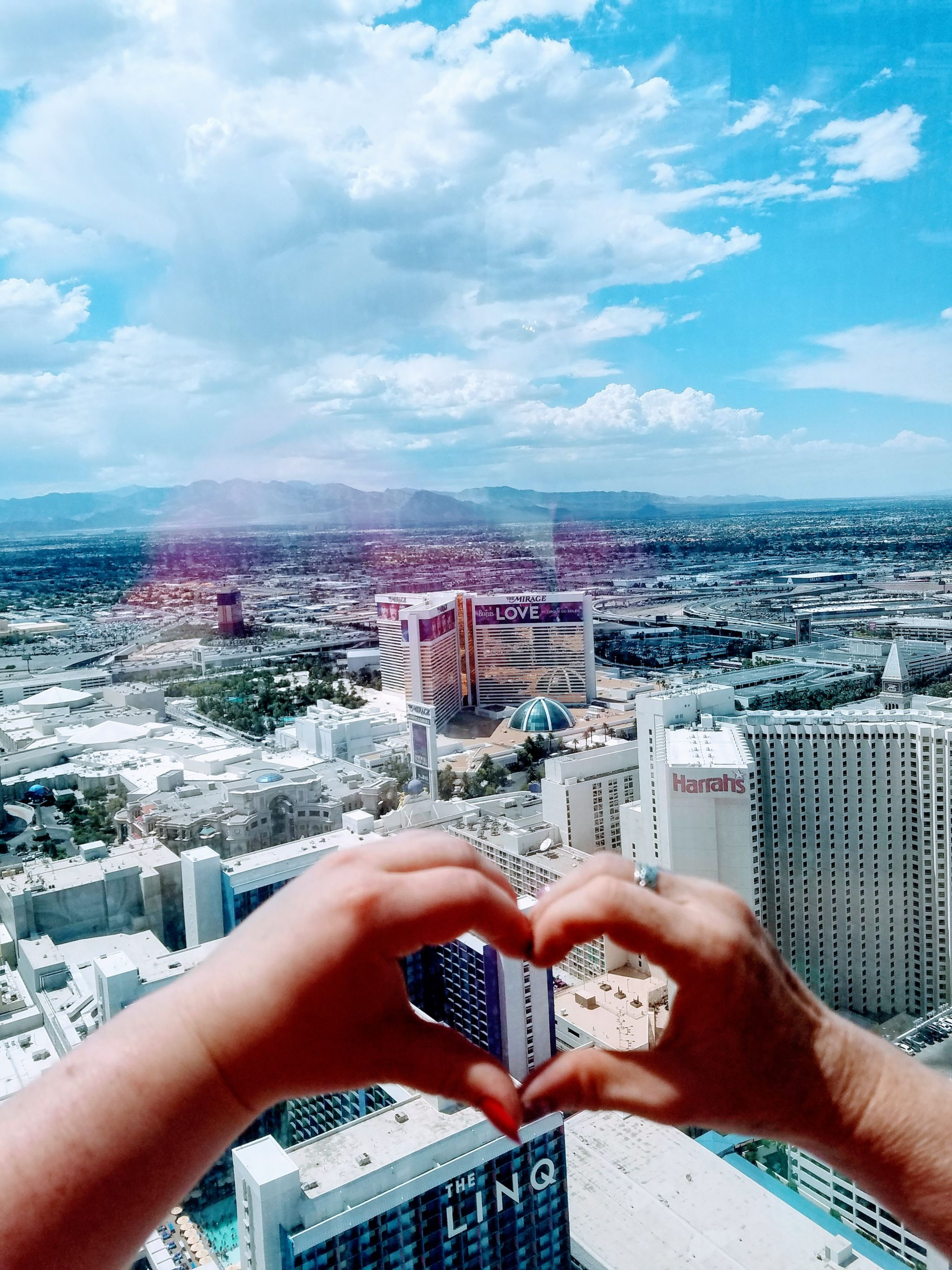 budget blogger las vegas travel guide inspo and co